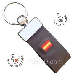 Llavero bandera de España piel bordada marrón